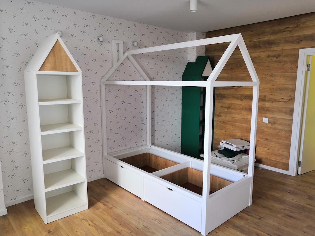 Теремок кровать массив ольхи домики Лдсп