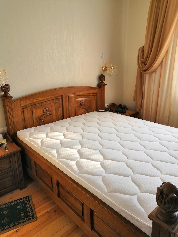 Кровать массив дуба